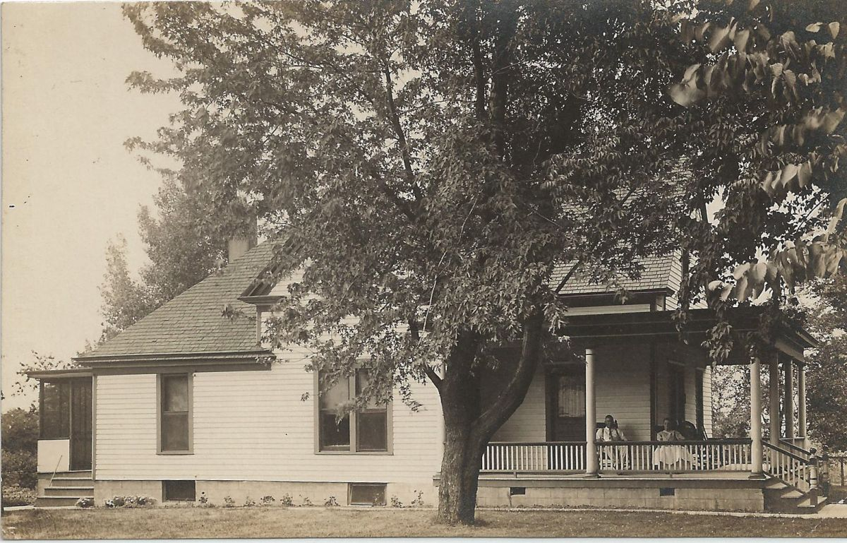 House in McLean, circa 1930s. Location and individuals pictured are unknown.