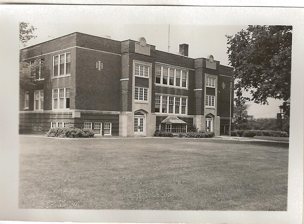 McLean High School, 1955. Built in 1920, the school also later served Waynesville (1955) and Armington (1968) students. It closed in 1972, and in 1980 all was demolished except the gym, which was used by the new grade school (now the MHFG Park District).